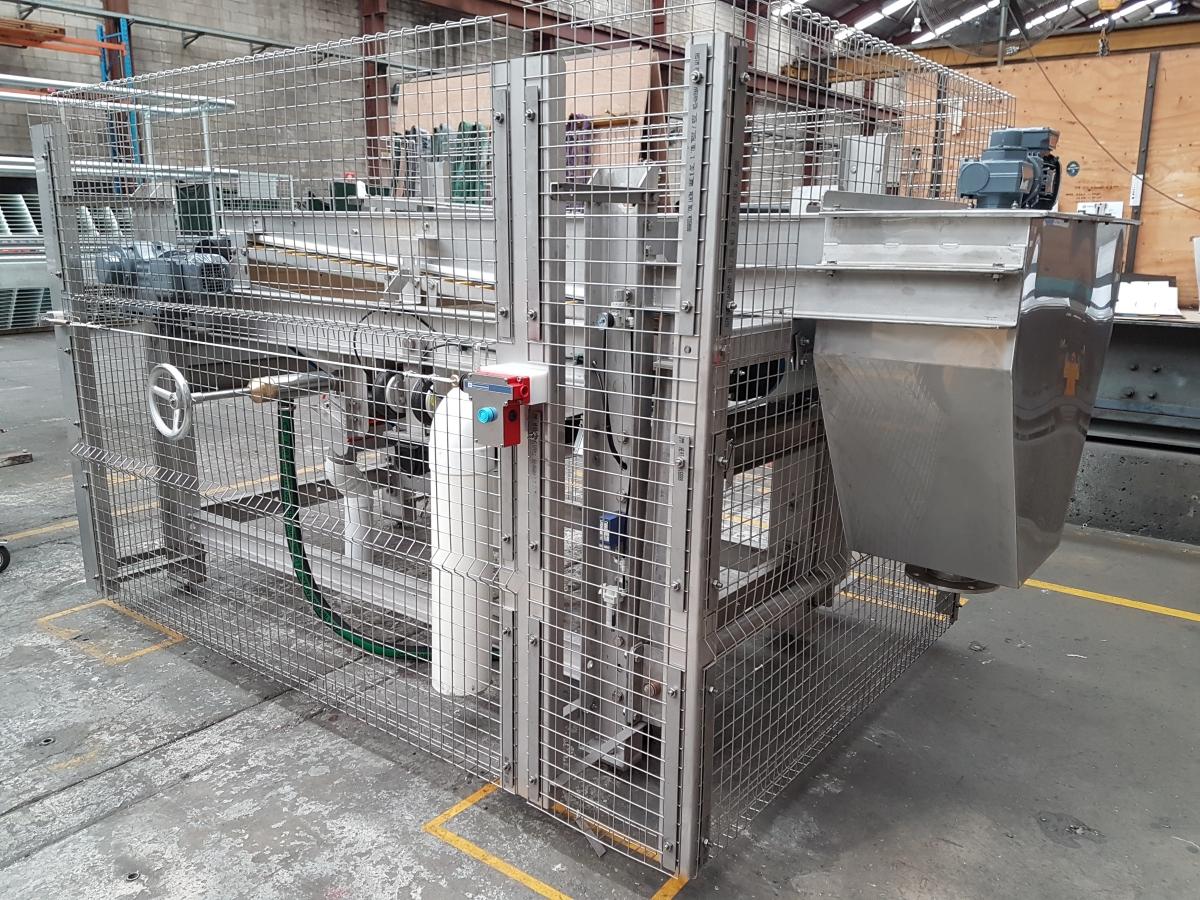 Gravity Drainage Deck (GDD) made in Australia Siebtechnik Tema